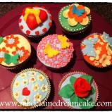 https://madelainedreamcake.com/2012/08/09/mein-erster-cupcakes-kurs/
