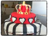 https://madelainedreamcake.com/2013/02/19/joana-the-queen/