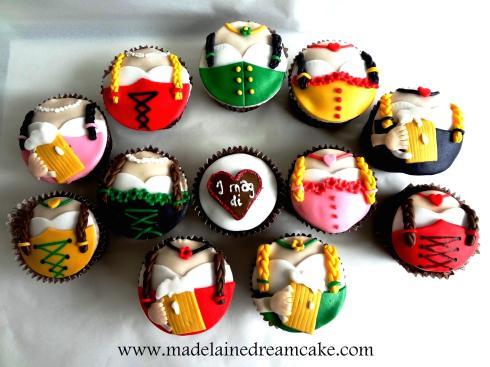 Dirndl Cupcakes