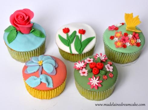 Cupcakes dekorieren mit Fondant