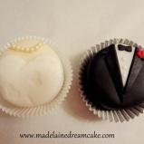 https://madelainedreamcake.com/2014/05/23/braut-und-brautigam-cupcakes/