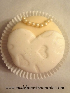 Bride Cupcakes