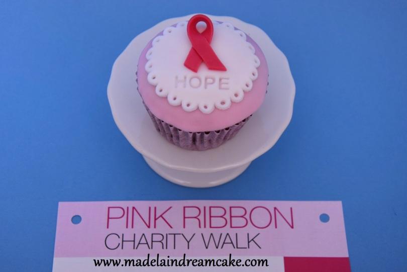 https://madelainedreamcake.com/2014/09/12/pink-ribbon-cupcakes/