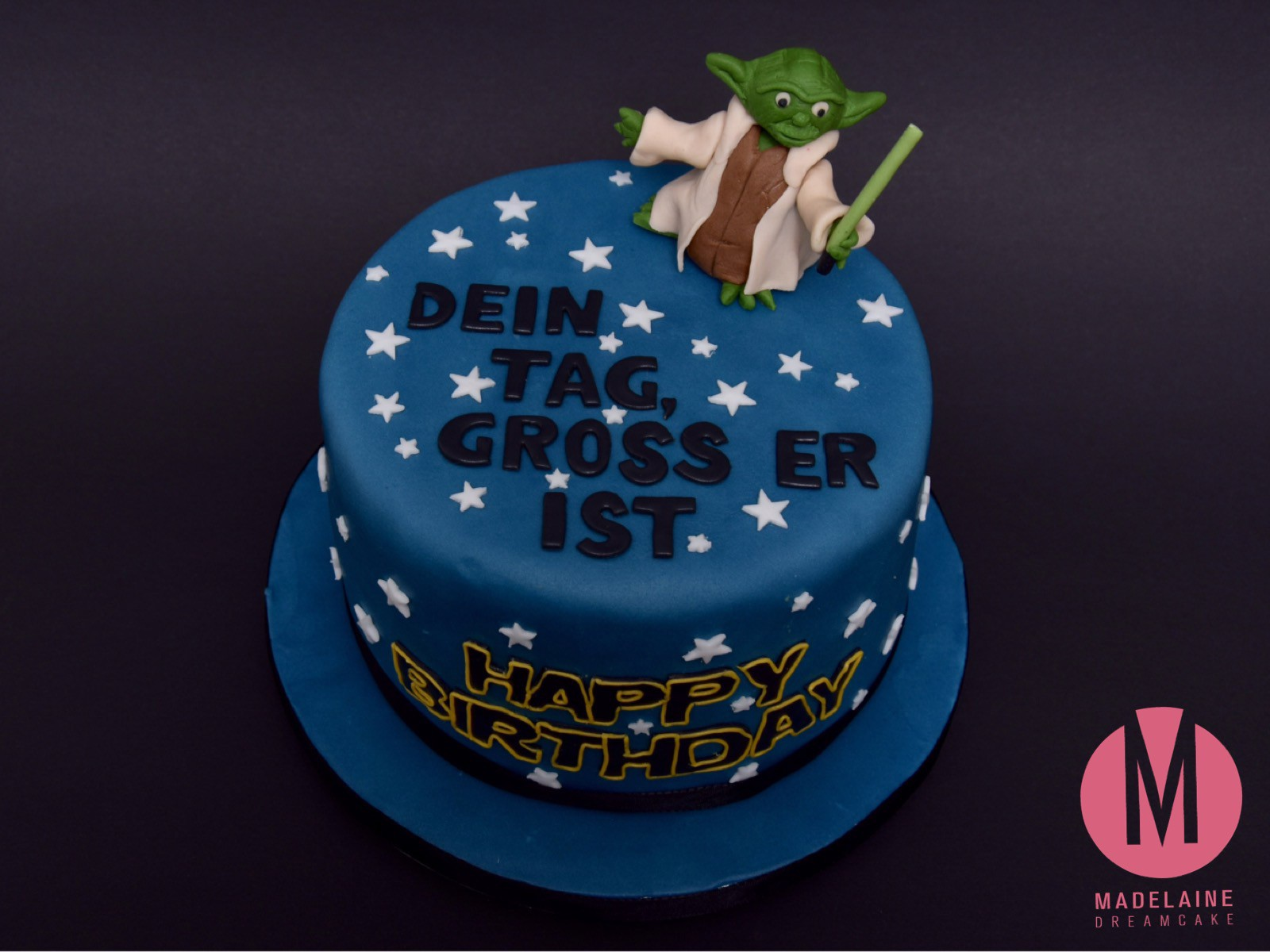 Happy Birthday Star Wars Cake