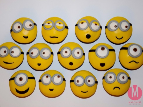 minions cupcakes madelainedreamcake. Black Bedroom Furniture Sets. Home Design Ideas